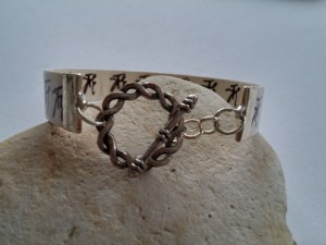 Lydia Canizares bracelet hindi
